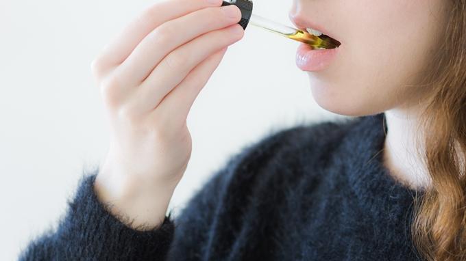 CBD オイルの種類によって摂取のタイミングを決める